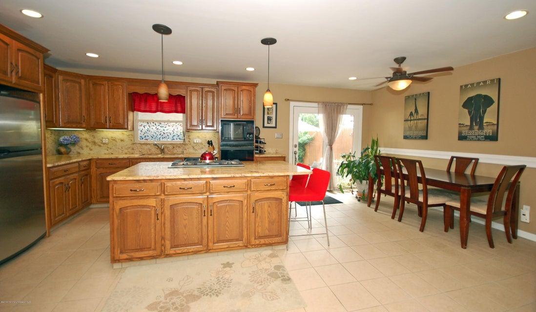 独户住宅 为 销售 在 163 Rogers Avenue Hightstown, 新泽西州 08520 美国