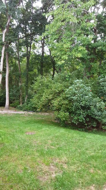 Additional photo for property listing at 391 Rose Court  Lakewood, New Jersey 08701 États-Unis