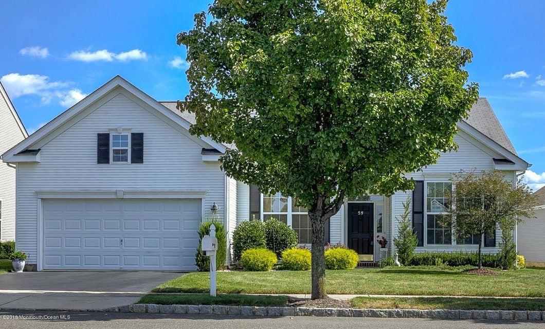 Maison unifamiliale pour l Vente à 59 Minuteman Circle Allentown, New Jersey 08501 États-Unis