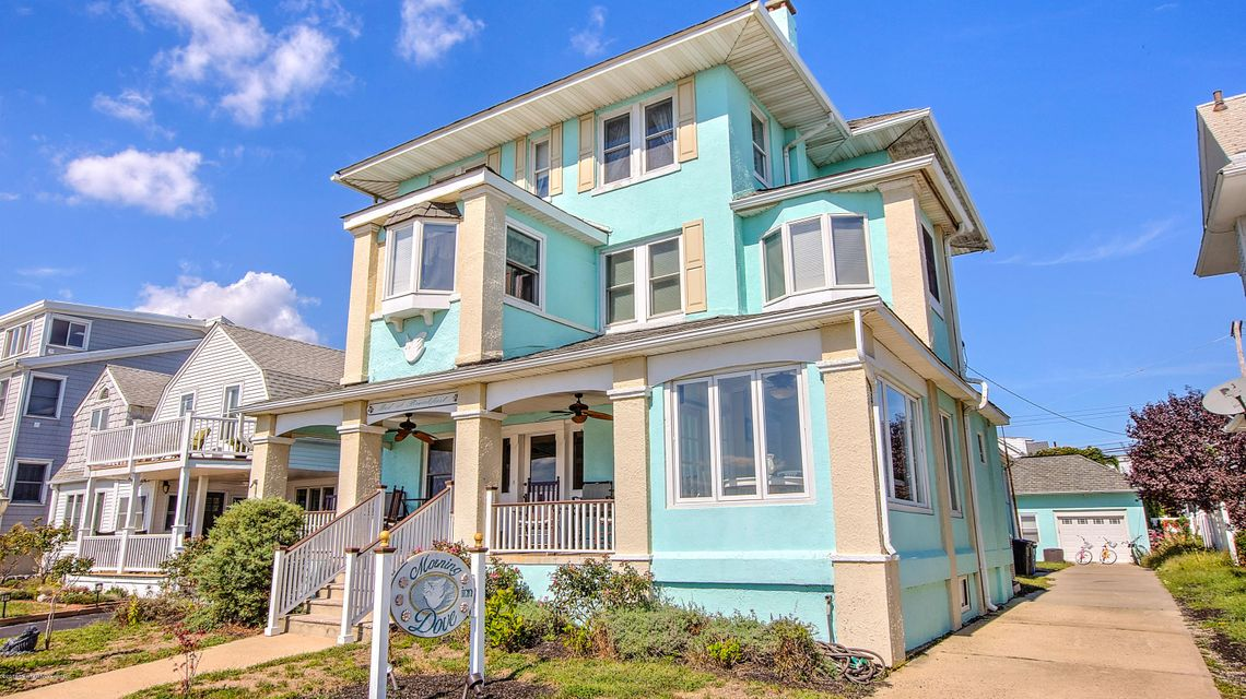 Additional photo for property listing at 204 5th Avenue  Belmar, New Jersey 07719 United States
