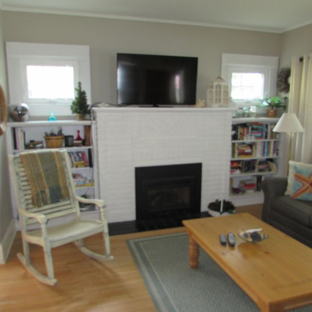 Additional photo for property listing at 413 5th Avenue  Bradley Beach, New Jersey 07720 United States
