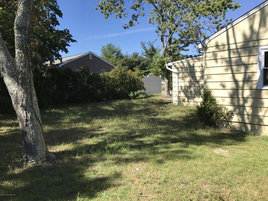 Additional photo for property listing at 53 Locker Street  Beachwood, New Jersey 08722 États-Unis