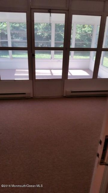 Additional photo for property listing at 242 Westbrooke Drive  汤姆斯河, 新泽西州 08757 美国