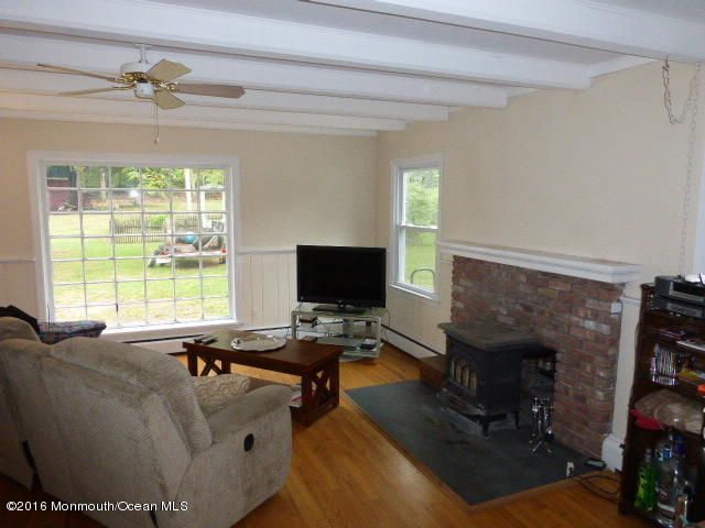 Additional photo for property listing at 4102 Belmar Boulevard  Wall, New Jersey 07753 États-Unis