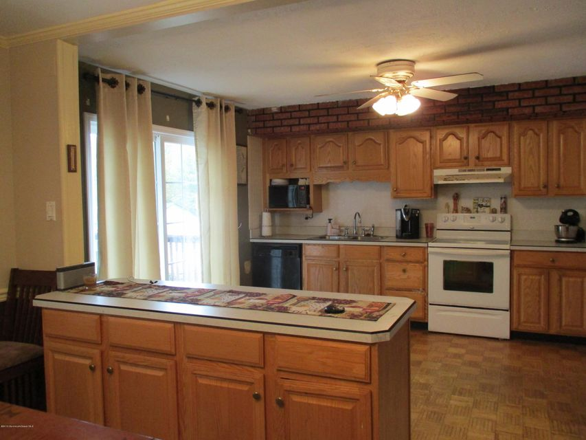 Additional photo for property listing at 25 Hearthstone Drive  Manalapan, New Jersey 07726 United States