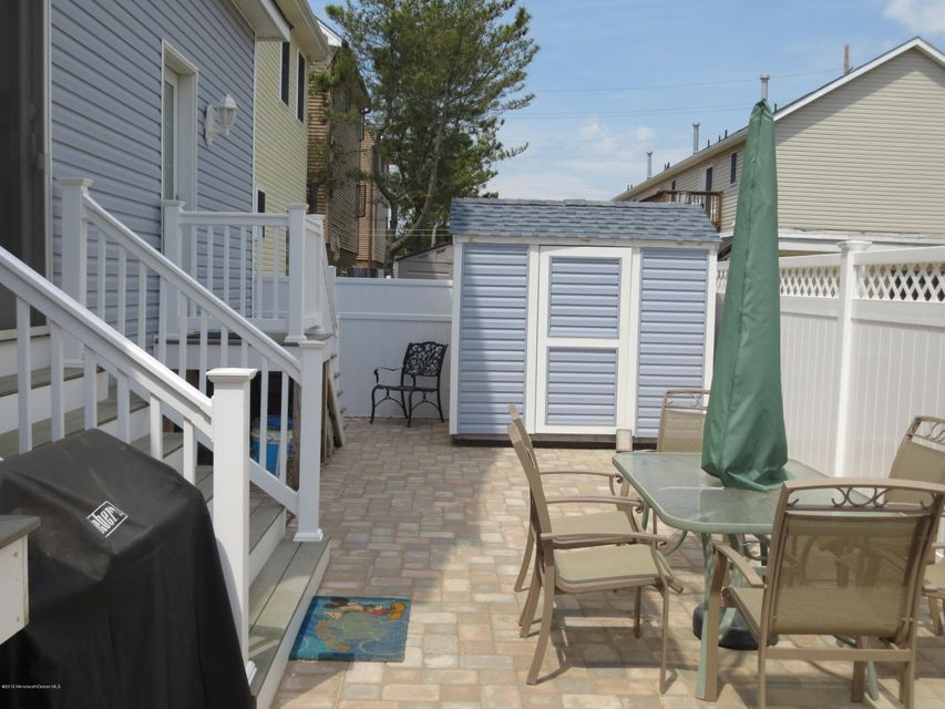 Additional photo for property listing at 60 Fort Avenue  Ortley Beach, New Jersey 08751 United States