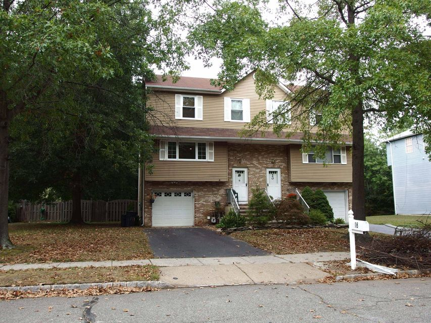 Additional photo for property listing at 18 Lone Star Lane  Manalapan, Nueva Jersey 07726 Estados Unidos