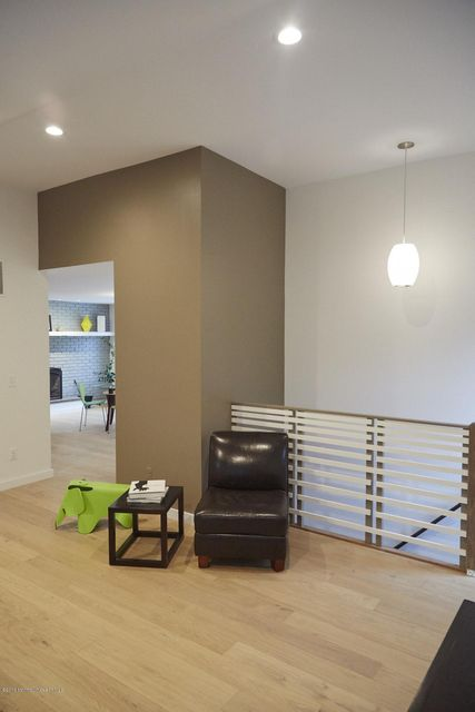 Additional photo for property listing at 7 Robin Road  霍木德尔镇, 新泽西州 07733 美国