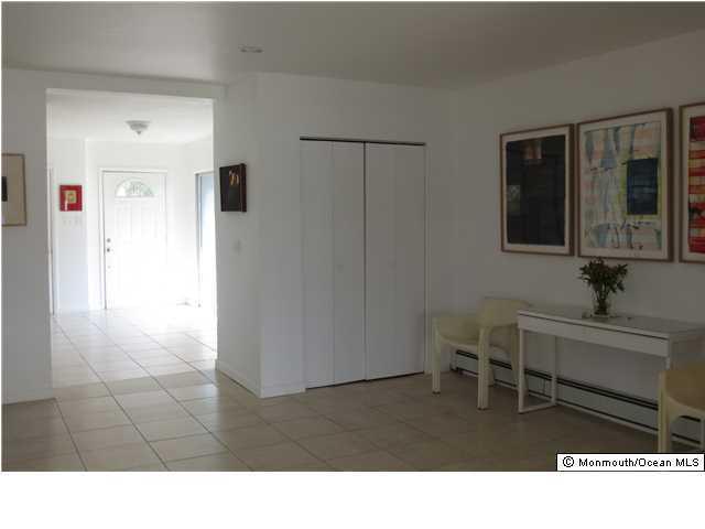 Additional photo for property listing at 32 Warren Street  Rumson, Nueva Jersey 07760 Estados Unidos