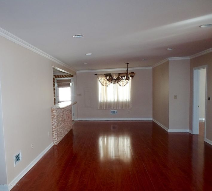 Additional photo for property listing at 64 Harbor Inn Road  Bayville, Nueva Jersey 08721 Estados Unidos