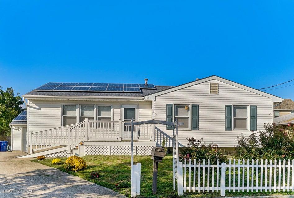 独户住宅 为 销售 在 3118 Boxer Street 汤姆斯河, 新泽西州 08753 美国