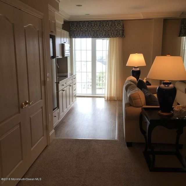 Additional photo for property listing at 700 Ocean Avenue  斯普林莱克, 新泽西州 07762 美国