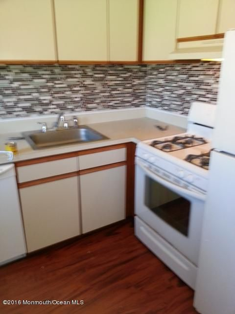 Apartment for Rent at 5a Juniper Lane Eatontown, 07724 United States
