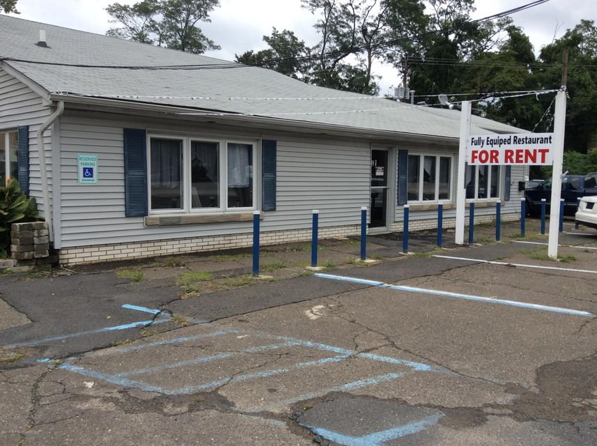 Commercial for Sale at 571 Highway 36 Belford, New Jersey 07718 United States