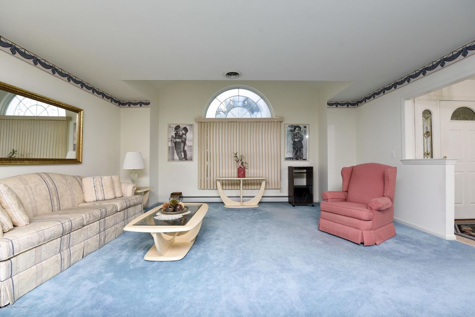 Additional photo for property listing at 95 Westport Drive  Toms River, New Jersey 08757 États-Unis