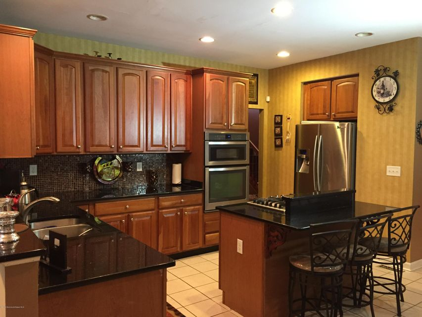 Additional photo for property listing at 3 Chad Lane  Howell, New Jersey 07731 United States