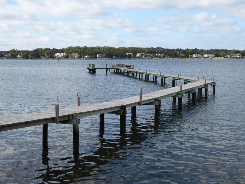 Terrain pour l Vente à 801 Dudley Lane Point Pleasant, New Jersey 08742 États-Unis