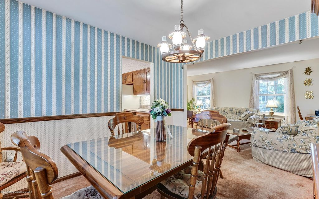 Additional photo for property listing at 101 Johnathan Road  Manchester, Nueva Jersey 08759 Estados Unidos