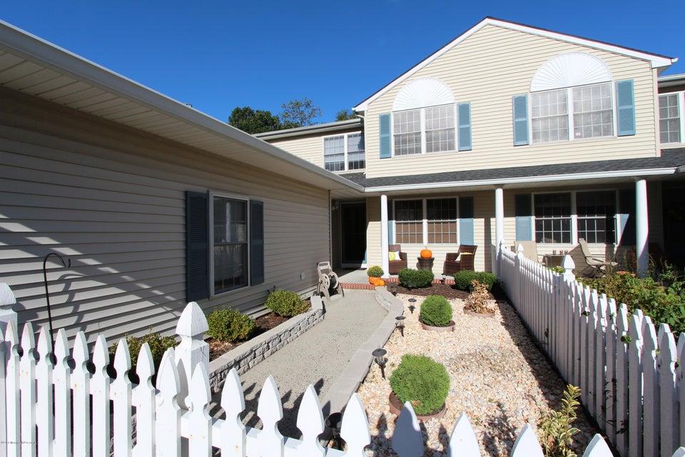 Condominium for Sale at 32 Cherrywood Circle Brick, New Jersey 08724 United States
