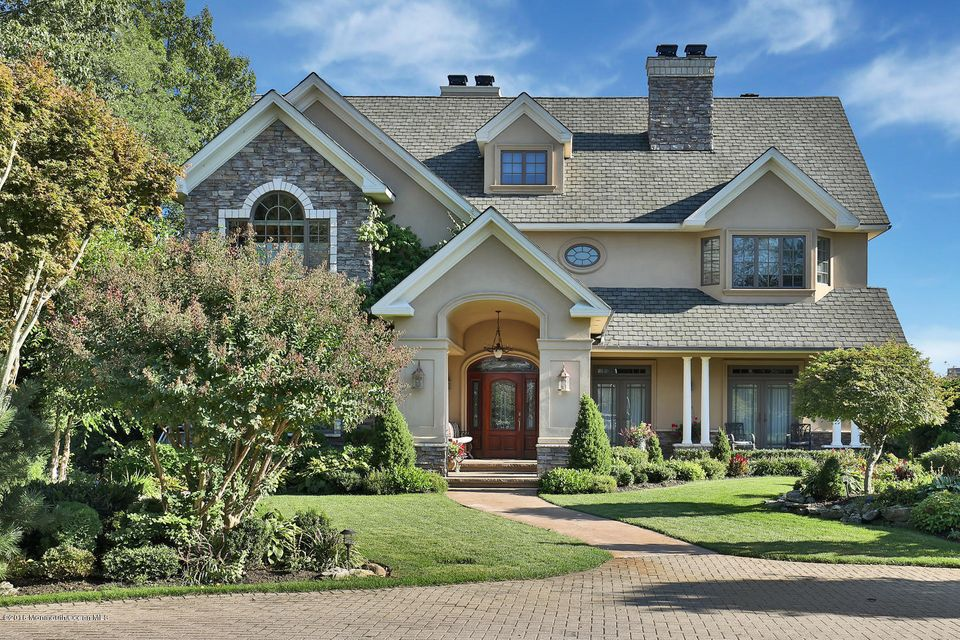 独户住宅 为 销售 在 100 Conover Lane 雷德班克, 新泽西州 07701 美国