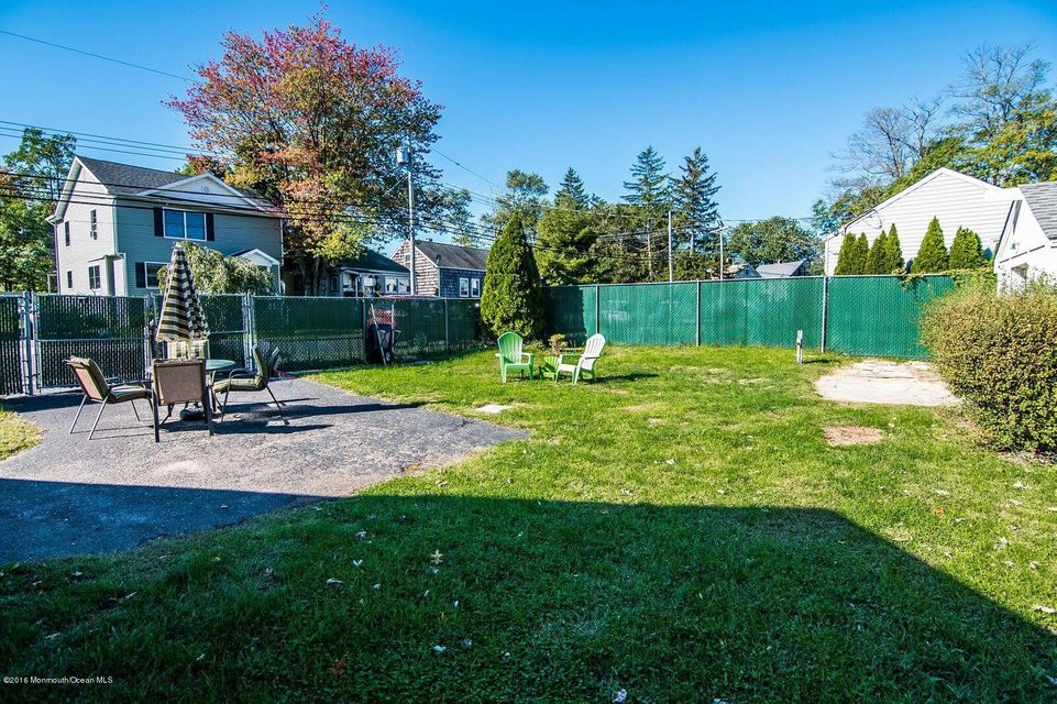 Additional photo for property listing at 258 East Road  Middletown, New Jersey 07748 United States