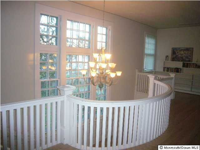 Additional photo for property listing at 405 Hollywood Avenue  Long Branch, New Jersey 07740 États-Unis