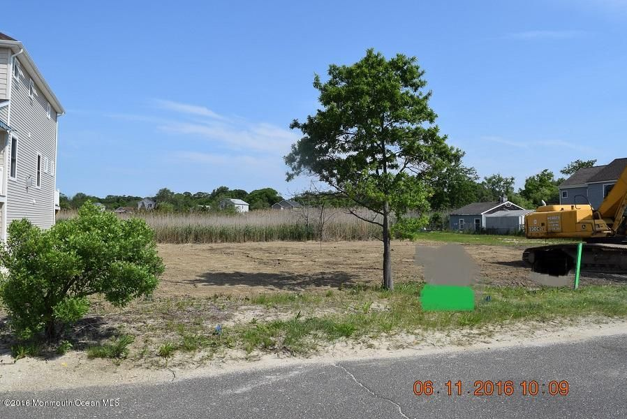 Land for Sale at 611 Riverside Drive Toms River, New Jersey 08753 United States