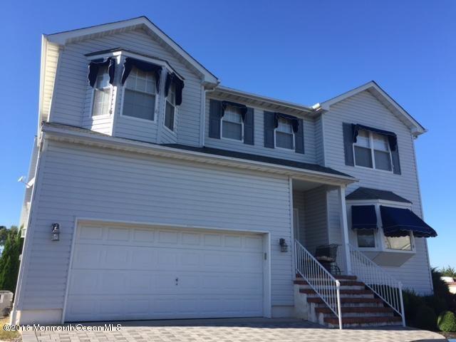 独户住宅 为 销售 在 20 Starboard Court 贝维尔, 08721 美国