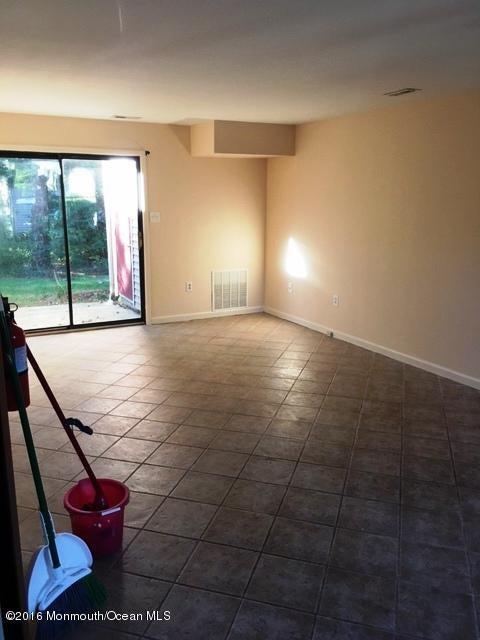 Additional photo for property listing at 15 Pin Oak Lane  Little Egg Harbor, 新泽西州 08087 美国