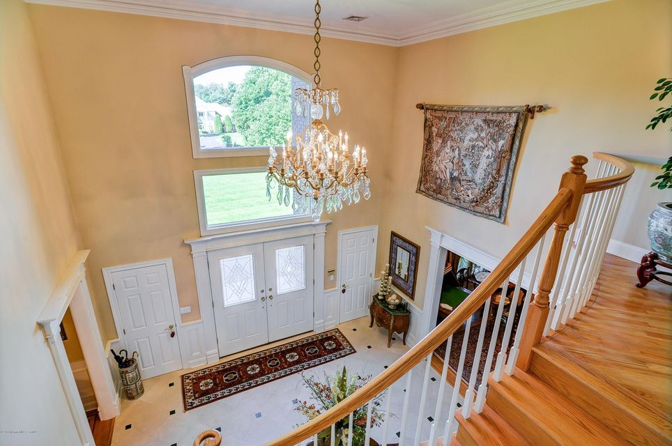 Additional photo for property listing at 10 Brittany Drive  Colts Neck, Nueva Jersey 07722 Estados Unidos