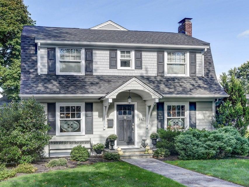 Maison unifamiliale pour l Vente à 447 River Road Fair Haven, New Jersey 07704 États-Unis