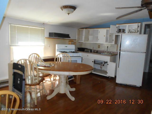 Additional photo for property listing at 735 Old Burnt Tavern Road  Brick, New Jersey 08724 États-Unis
