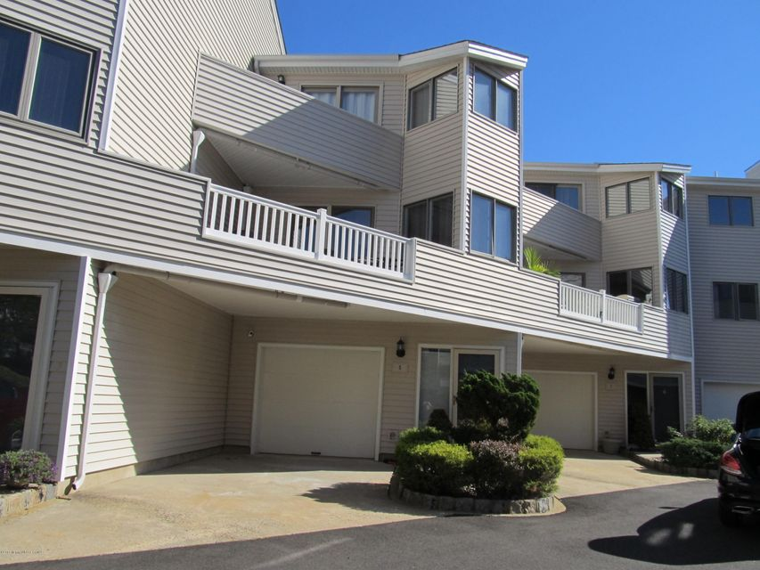 Additional photo for property listing at 5 Seabreeze Court  Long Branch, New Jersey 07740 États-Unis