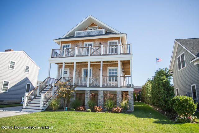 Maison unifamiliale pour l Vente à 108 2nd Avenue Avon By The Sea, New Jersey 07717 États-Unis