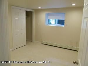 Additional photo for property listing at 1631 State Route 71  West Belmar, New Jersey 07719 États-Unis