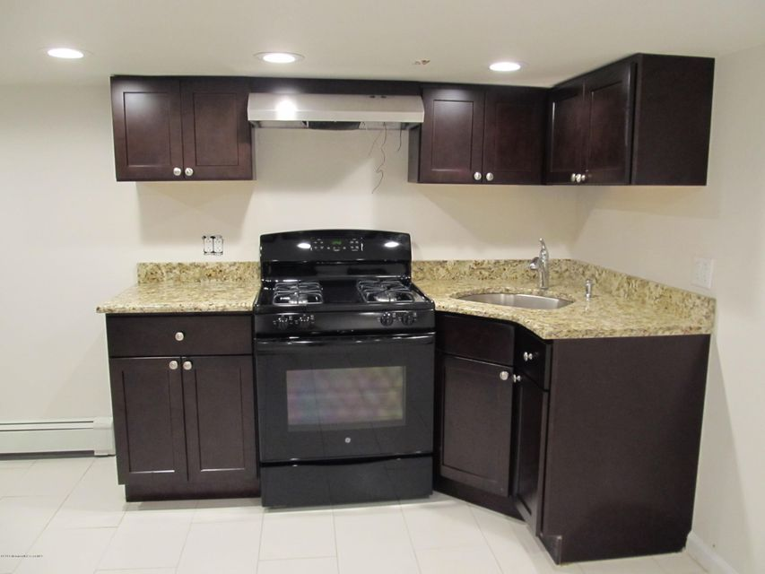 Additional photo for property listing at 1631 State Route 71  西贝尔马尔, 新泽西州 07719 美国