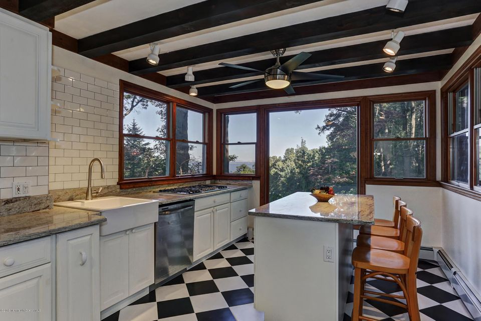 Additional photo for property listing at 6 Belvidere Road  Atlantic Highlands, New Jersey 07716 États-Unis