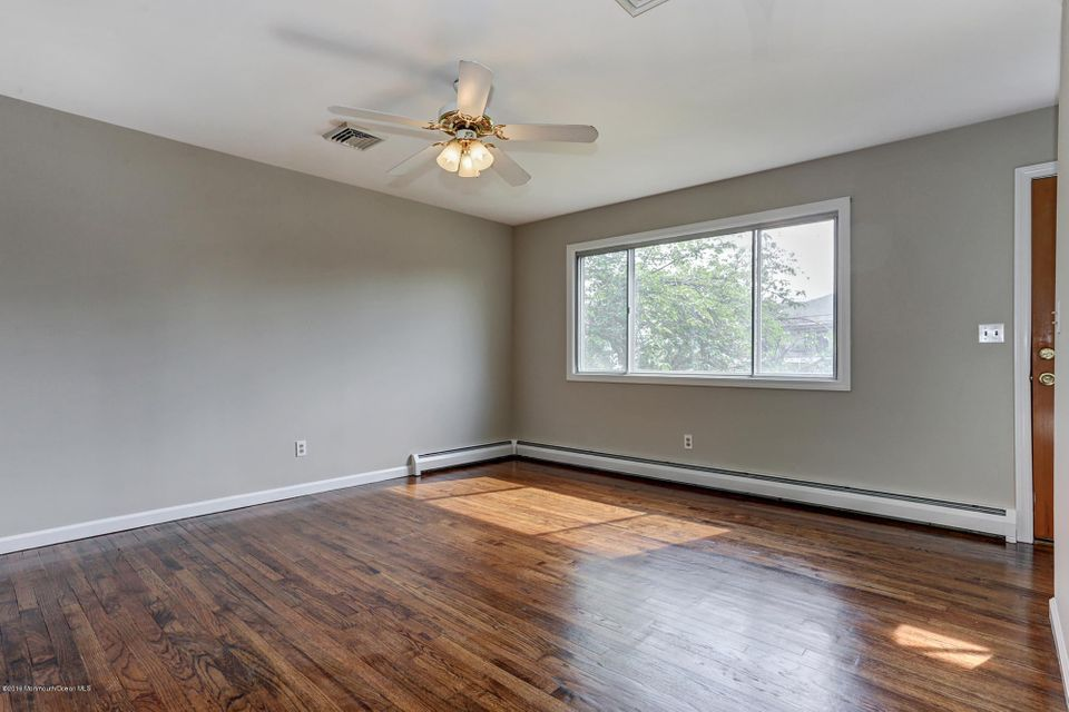 Additional photo for property listing at 2405 Kipling Avenue  Spring Lake Heights, Nueva Jersey 07762 Estados Unidos