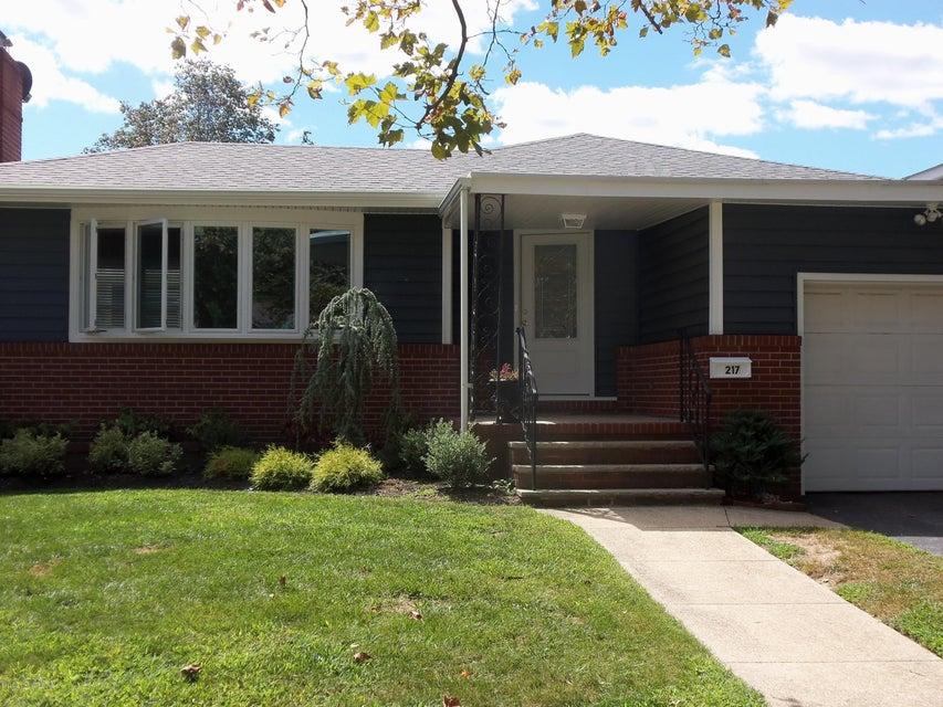 Casa Unifamiliar por un Alquiler en 217 3rd Avenue Belmar, Nueva Jersey 07719 Estados Unidos