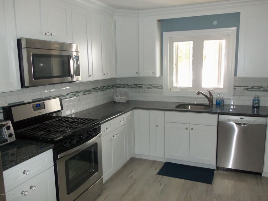 Additional photo for property listing at 217 3rd Avenue  Belmar, Nueva Jersey 07719 Estados Unidos