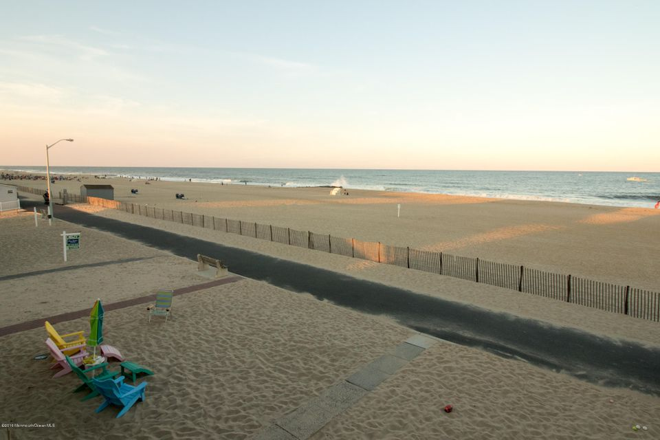 Additional photo for property listing at 267 Beach Front Road  Manasquan, New Jersey 08736 United States