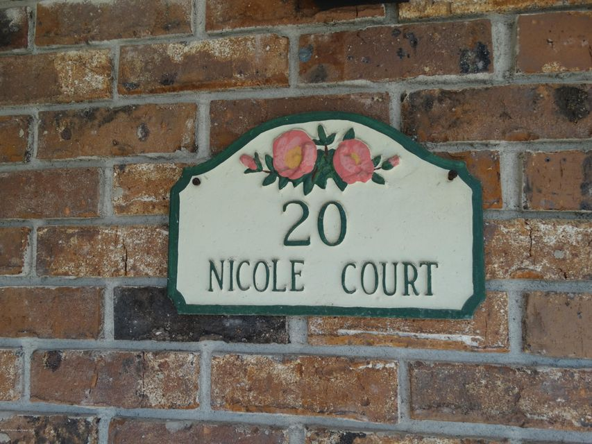 Additional photo for property listing at 20 Nicole Court  莱克伍德, 新泽西州 08701 美国