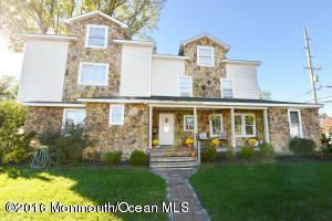 Maison unifamiliale pour l à louer à 900 Ocean Road Point Pleasant, New Jersey 08742 États-Unis