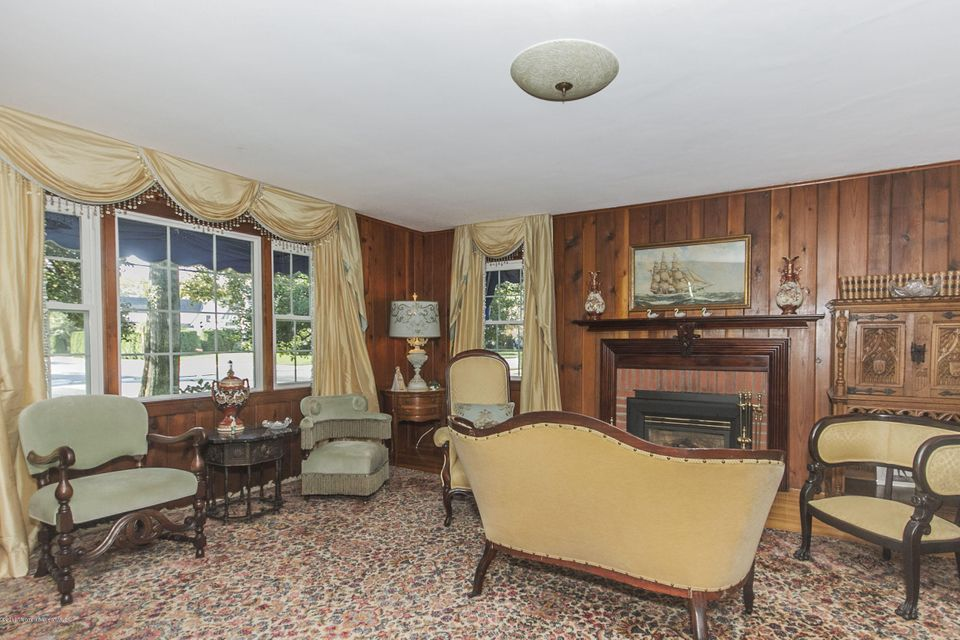 Additional photo for property listing at 110 Vroom Avenue  Spring Lake, New Jersey 07762 États-Unis