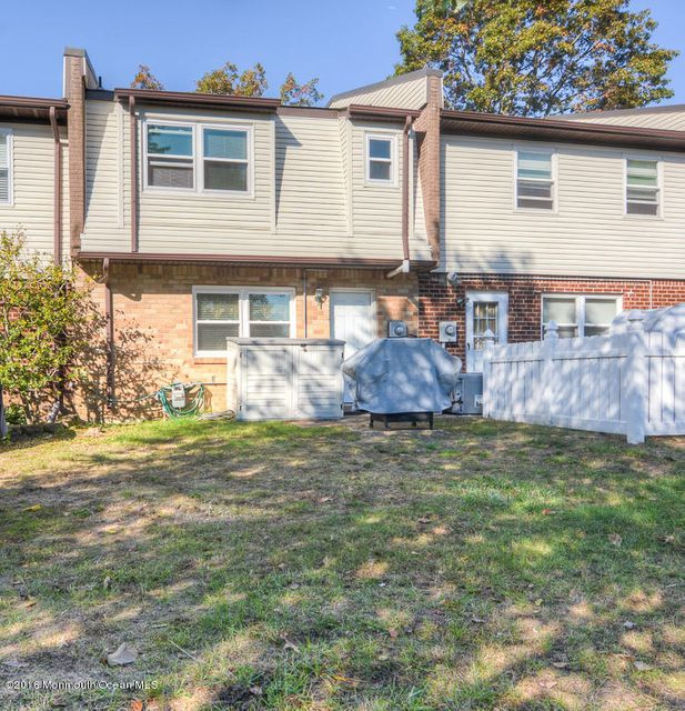 Additional photo for property listing at 1354 Isabella Court  Brick, New Jersey 08724 United States