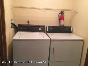 Additional photo for property listing at 13 Monique Circle  Hazlet, Nueva Jersey 07730 Estados Unidos