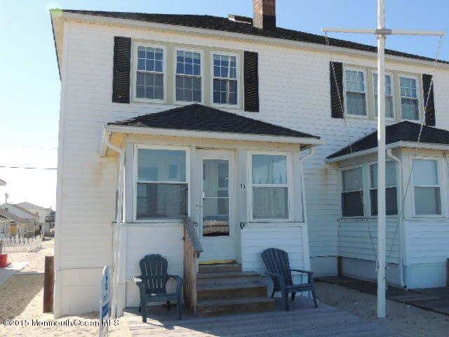 Maison unifamiliale pour l Vente à 13 Minard Place Point Pleasant Beach, New Jersey 08742 États-Unis