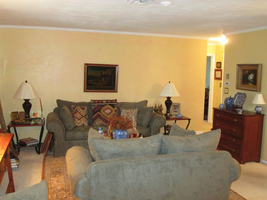 Additional photo for property listing at 808a Balmoral Court  Lakewood, New Jersey 08701 États-Unis