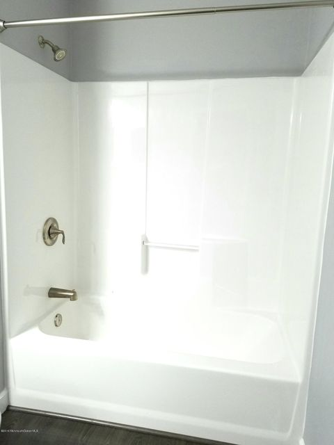 Additional photo for property listing at 529 Seaman Avenue  Beachwood, New Jersey 08722 États-Unis