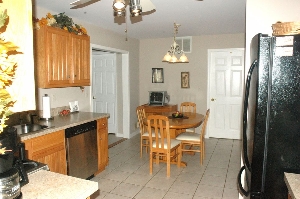 Additional photo for property listing at 1137 Citta Court  Toms River, New Jersey 08753 États-Unis
